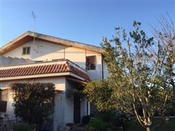 Villa Plurifamiliare in vendita di 160 mq a €190.000 (rif. 3/2018)