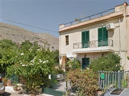 Casa in vendita di 100 mq a €170.000 (rif. 45/2018)
