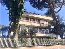 Casa in vendita di 200 mq a €1.350.000 (rif. 14/2018)