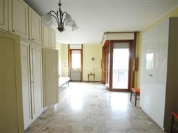 Casa in affitto di 150 mq a €1.150 (rif. 19/2018)