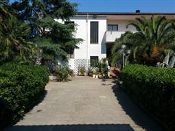 Villa in vendita di 450 mq a €460.000 (rif. 64/2018)