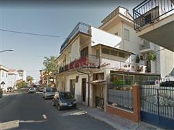 Casa in affitto di 160 mq a €300 (rif. 6/2018)