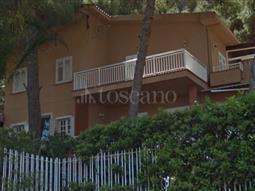 Villa Bifamiliare in vendita di 200 mq a €295.000 (rif. 172/2016)