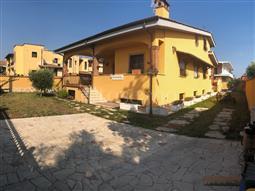 Villa in vendita di 350 mq a €750.000 (rif. 103/2018)