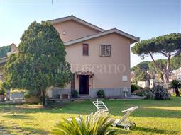 Villa Bifamiliare in vendita di 450 mq a €760.000 (rif. 1/2018)