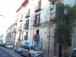 Casa in vendita di 200 mq a €72.000 (rif. 33/2017)