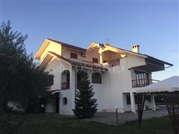 Villa in vendita di 335 mq a €220.000 (rif. 53/2017)