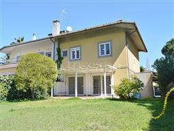 Villa Bifamiliare in vendita di 250 mq a €550.000 (rif. 2/2018)