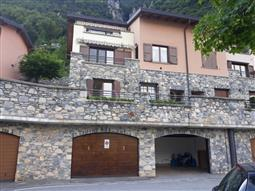 Villino a Schiera in vendita di 150 mq a €630.000 (rif. 33/2018)