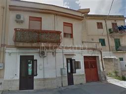 Casa in vendita di 500 mq a €220.000 (rif. 87/2017)