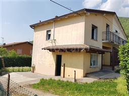 Villa Bifamiliare in vendita di 120 mq a €215.000 (rif. 15/2018)